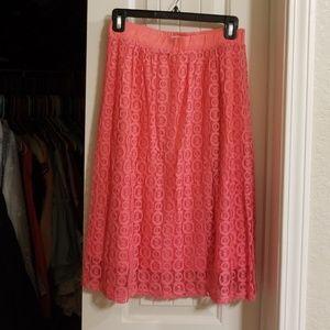 Adorable lace midi skirt